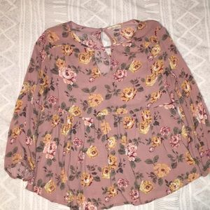 Flower blouse, brand is Chloe&Katie